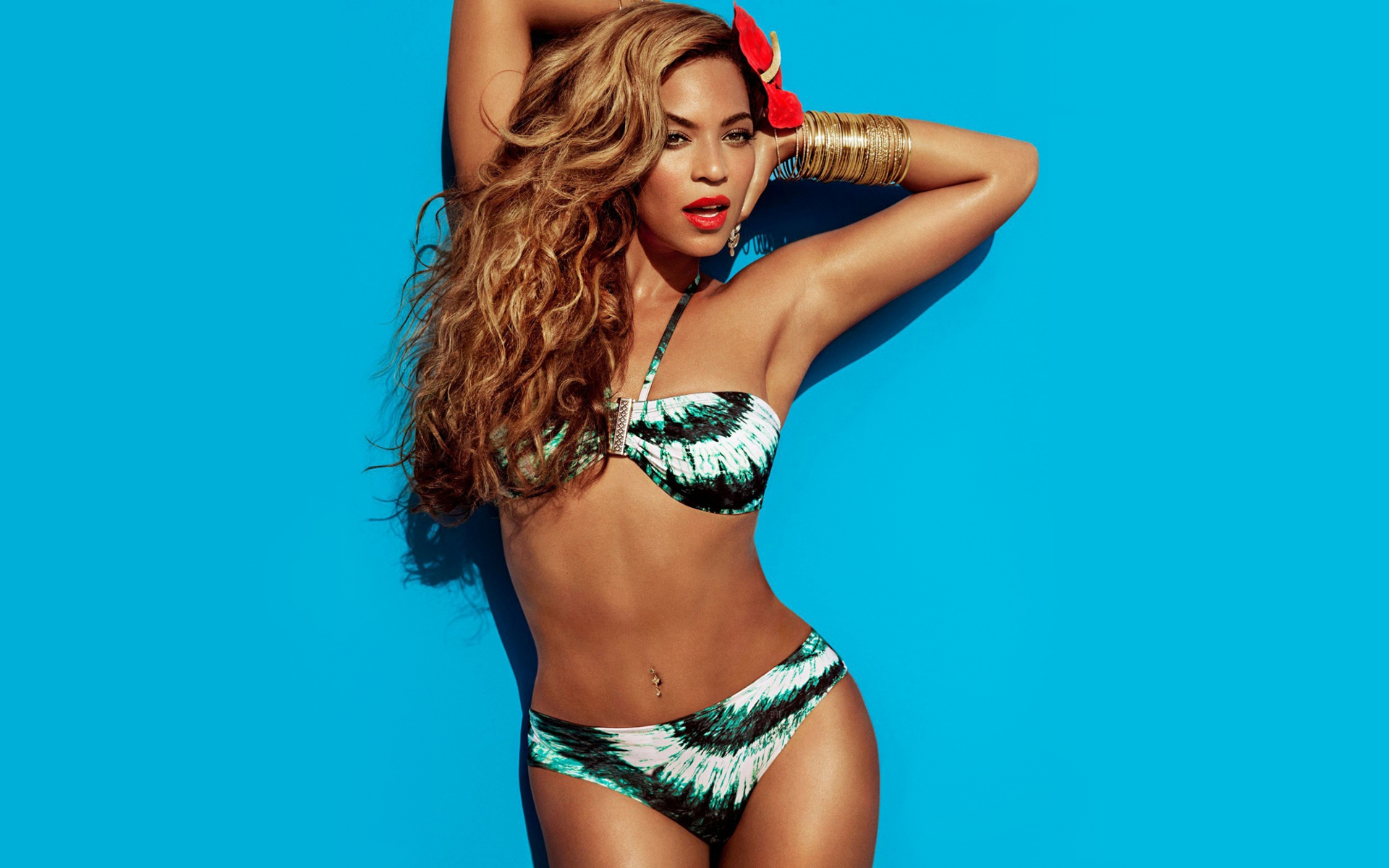 Beyonce – noua imagine H&M