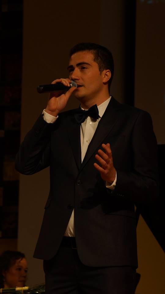 """#Exclusiv #Festivalul International George Grigoriu #Interviu Valentin Borsu – """"Nu poti fugi niciodata de marile pasiuni"""""""