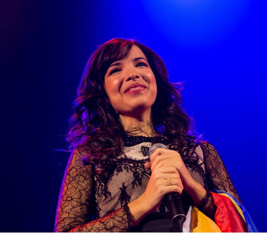 A fost sau nu concertul Indila evenimentul anului in Romania? (Recenzie + Galerie foto)