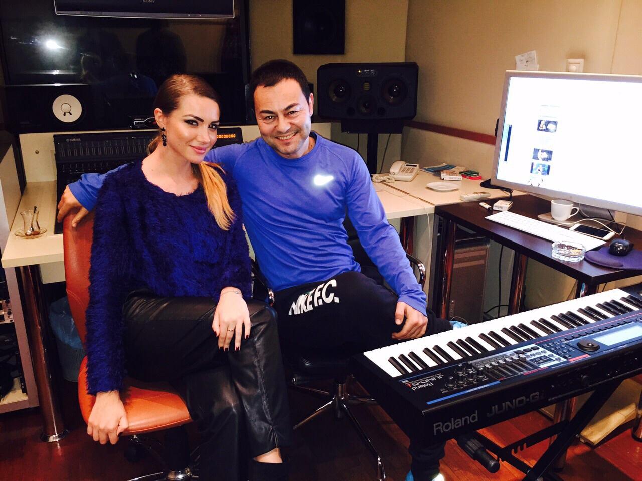 Otilia lucreaza la piesa noua cu un cantaret faimos din Turcia