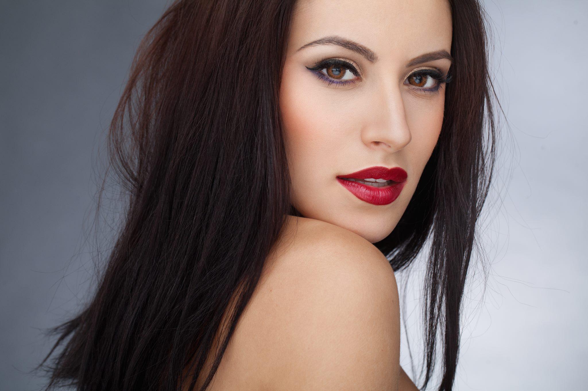 Nicoleta Nuca, semifinalista X Factor din echipa lui Stefan Banica Jr, lanseaza primul single