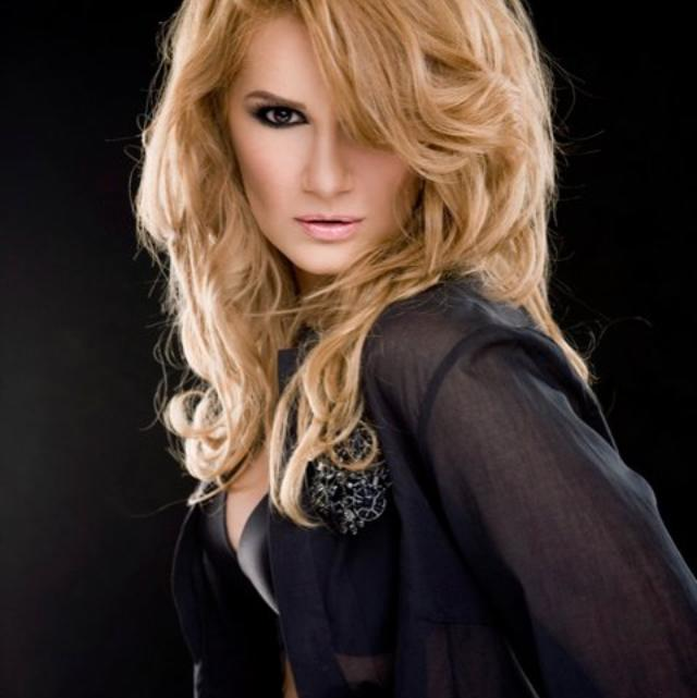 """Videoclip: Nicola – """"Addicted to your love"""""""