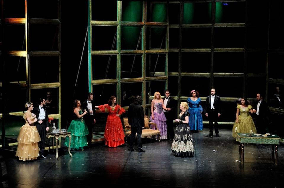 """""""Dama cu camelii"""" pe scena Teatrului """"Maria Filotti"""" din Braila"""
