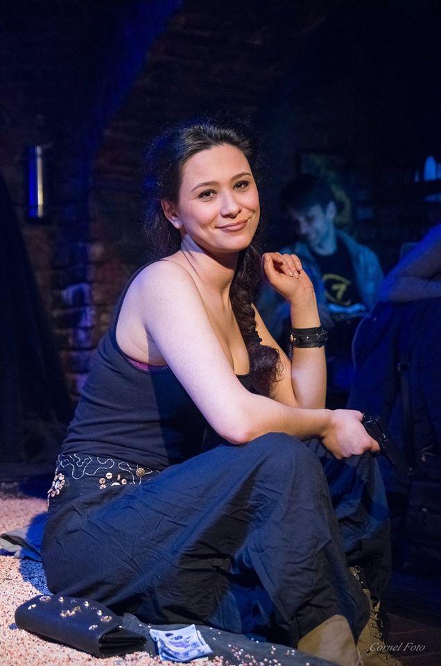 O noua reusita pentru teatrul brailean! Frumoasa si talentata actrita Corina Bors a fost selectata in cadrul Galei Hop