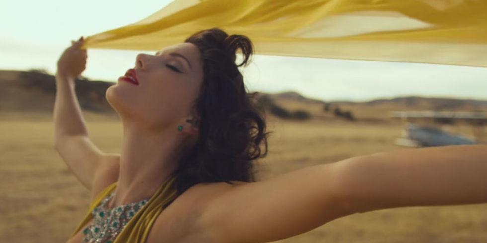 """Taylor Swift si-a lansat noul videoclip, pentru """"Wildest dreams"""", in cadrul MTV VMA"""