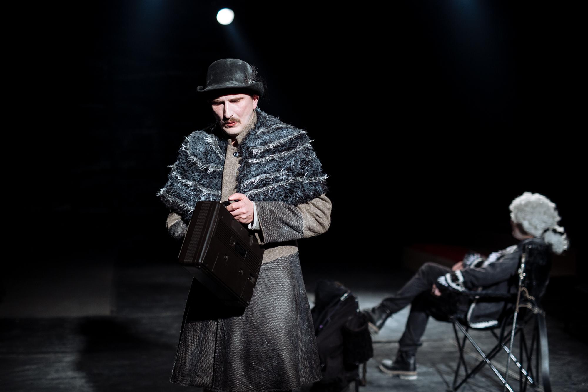 """Povesti atemporale de viata spuse de Jacques si stapanul sau, noua premiera a Teatrului """"Maria Filotti"""""""