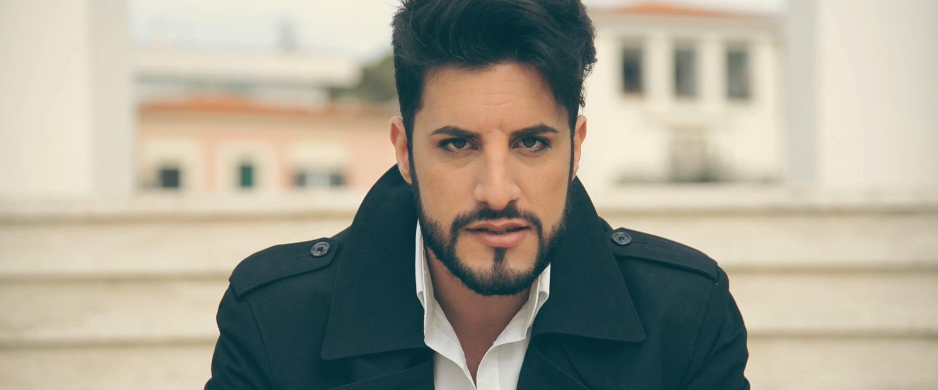"""Alessio Paddeu lanseaza primul sau single solo – """"Take my hand/Io e Te"""", concomitent in doua versiuni"""