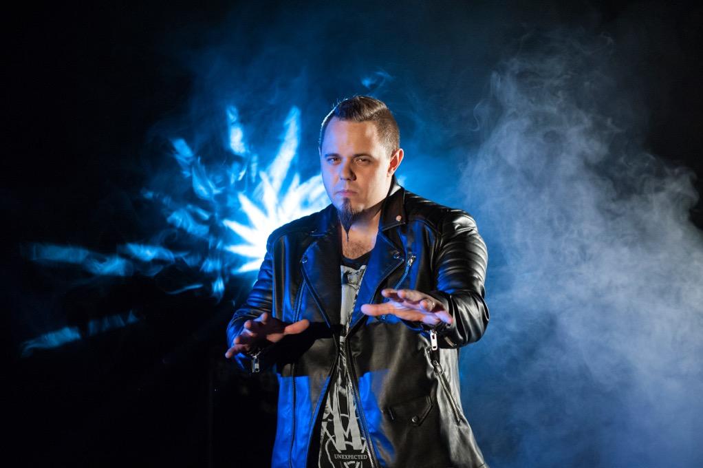 Ovidiu Anton sustine un turneu de promovare in Europa