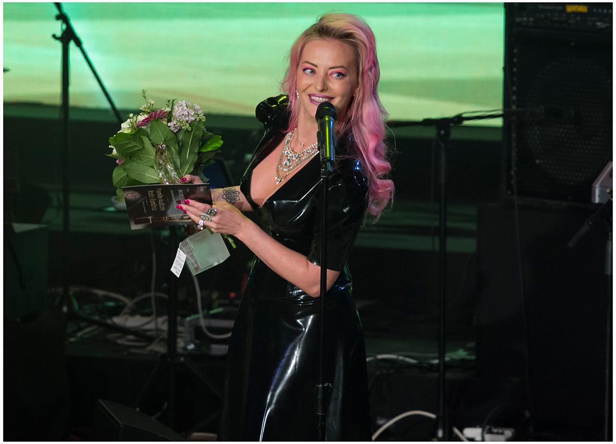 Delia a fost desemnata artistul anului in Romania in cadrul premiilor Radio Romania  2015