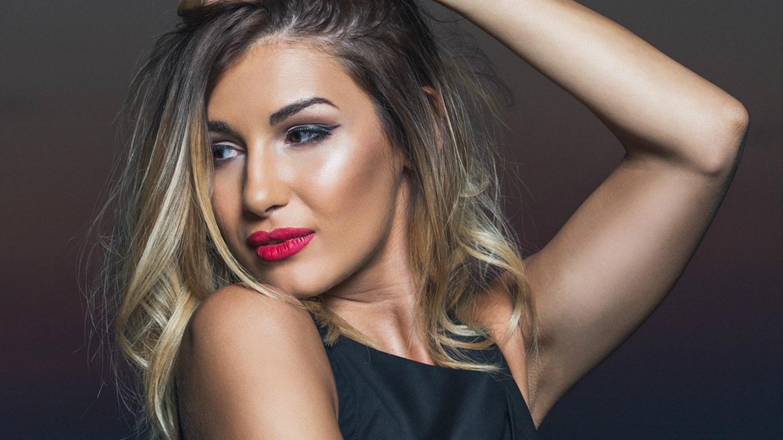 """Videoclip: Alina Eremia – """"Rujul meu"""""""