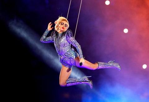 Lady Gaga – show de exceptie in cadrul Super Bowl 2017