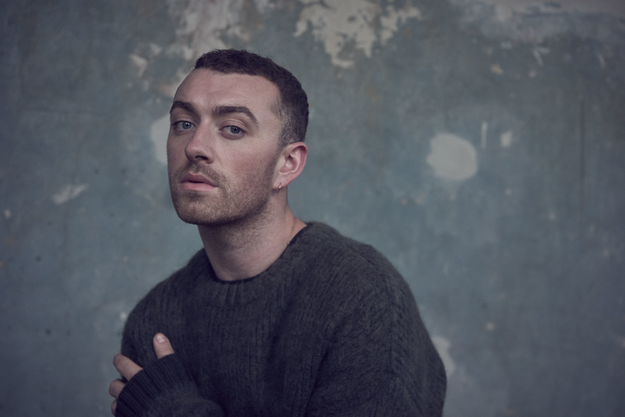 "Sam Smith lanseaza single-ul ""Too Good At Goodbyes"""