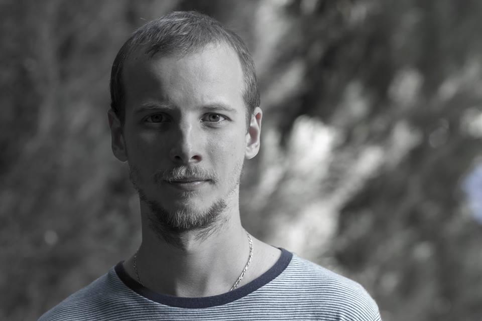 """De vorba cu Alexandru Mazgareanu- regizorul piesei """"Tartuffe"""", noua premiera a Teatrului """"Maria Filotti"""" Braila"""