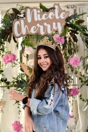 """Nicole Cherry lanseaza single-ul si videoclipul """"Ceasul"""""""