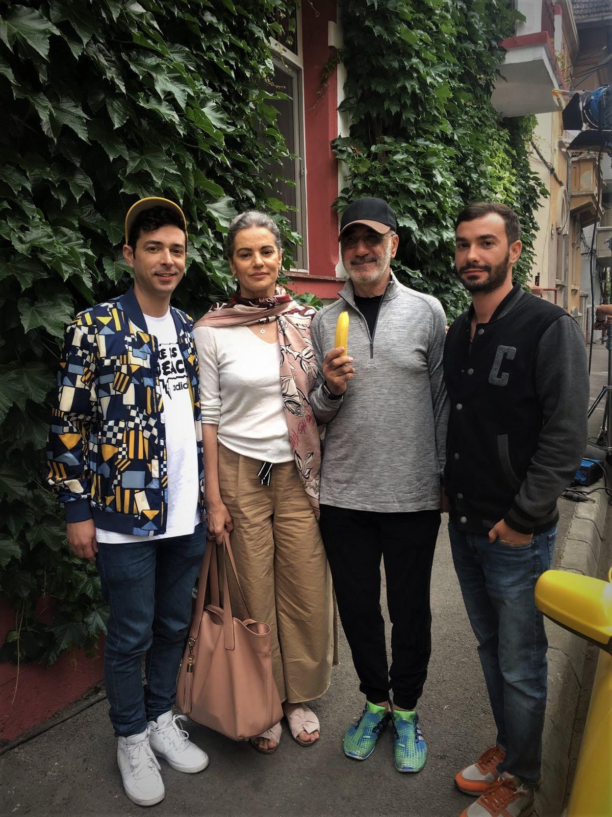 """Marius Moga a iesit din zona de confort o data cu noul videoclip – """"Ma doare la bass"""""""