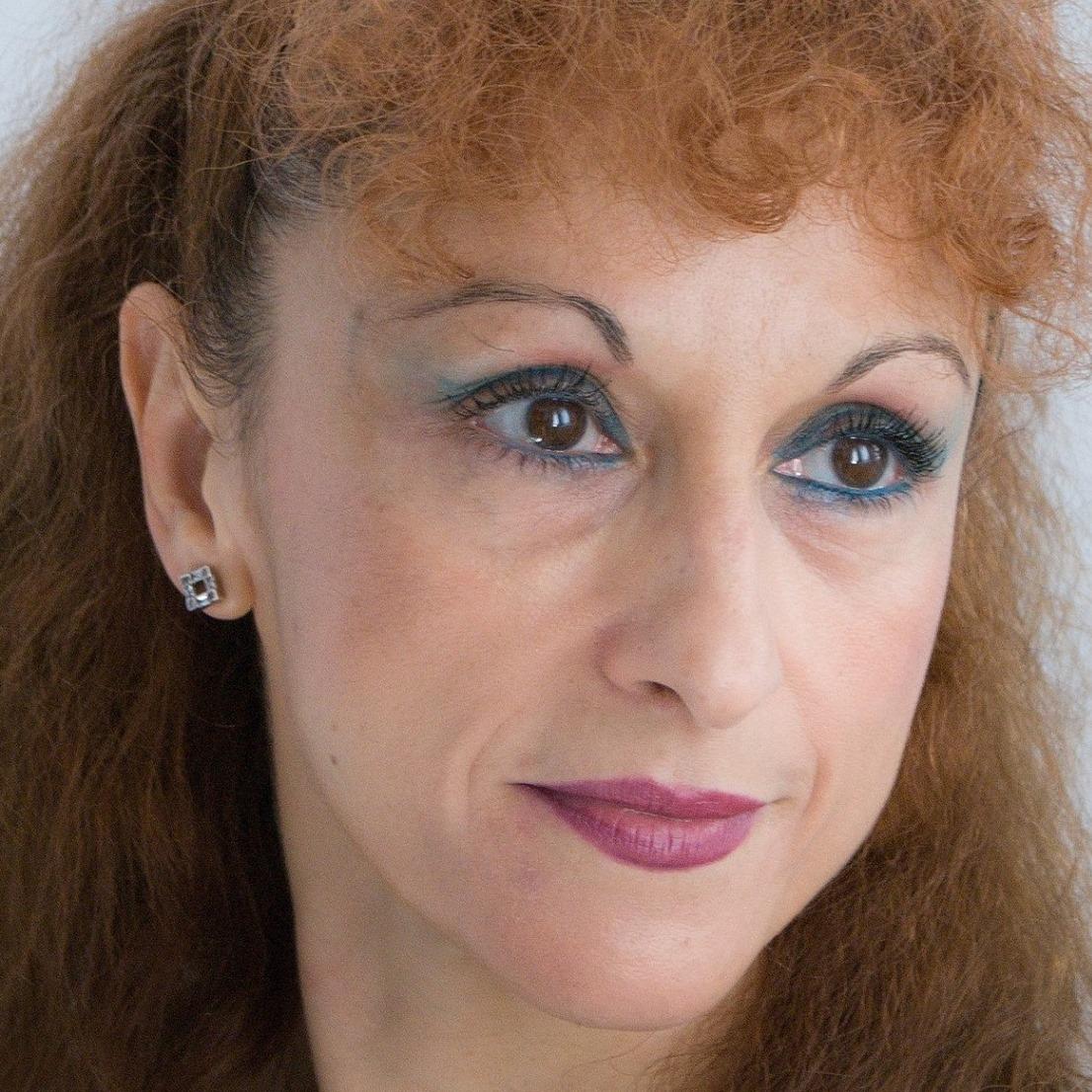 """EXCLUSIV! Interviu Tamara Constantinescu   Teatrul """"Fani Tardini"""" Galati: """"Cred ca,  cel mai important reper pentru un actor este seriozitatea"""""""