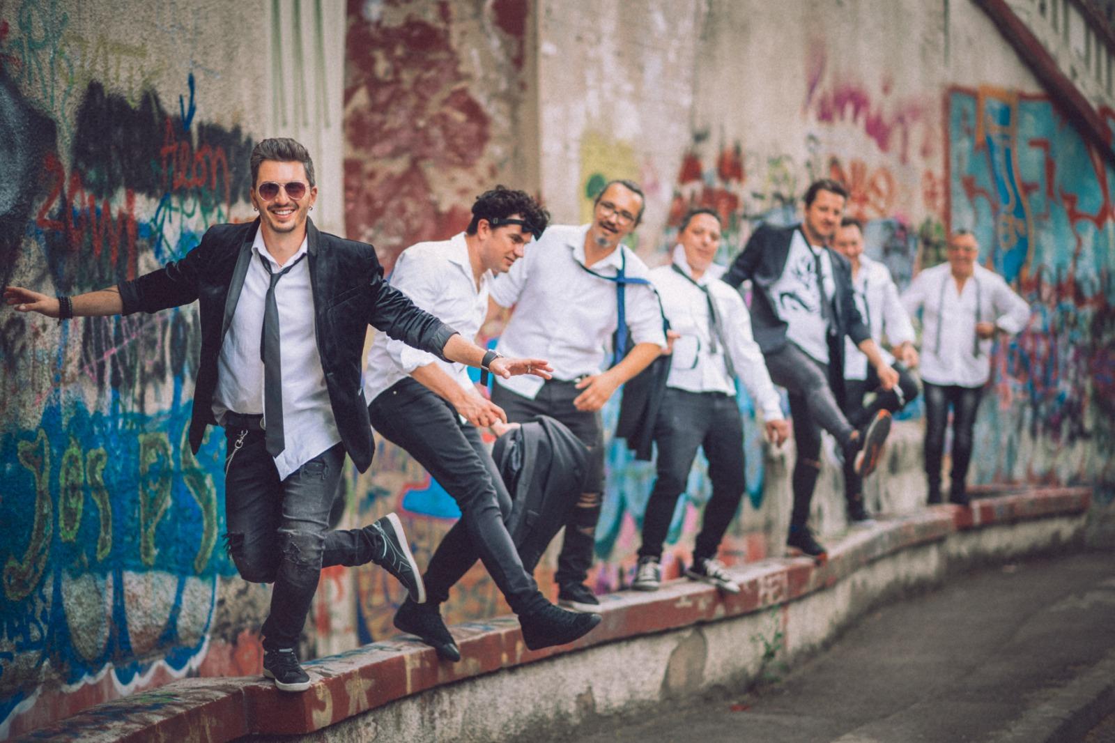 """Jukebox lanseaza single-ul si videoclipul """"Sa vina vinerea"""""""