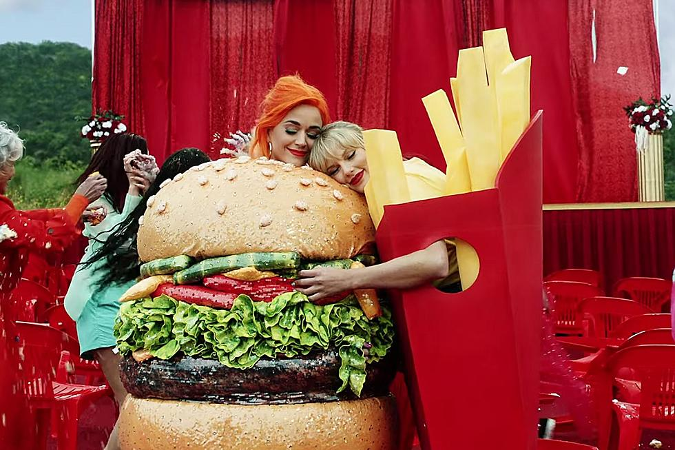 "Taylor Swift si Katy Perry fac pace in cel mai nou videoclip ""You need to calm down"""