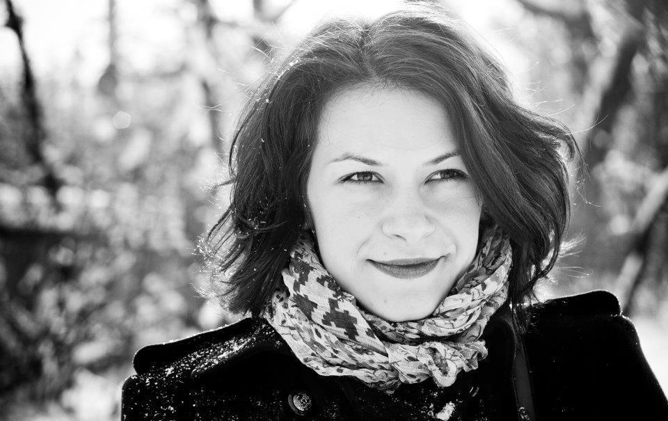 """De vorba cu …Alexandra Vicol   Festivalul """"Zile si Nopti de Teatru la Braila"""" : """"Familia e locul unde mi-e bine."""""""