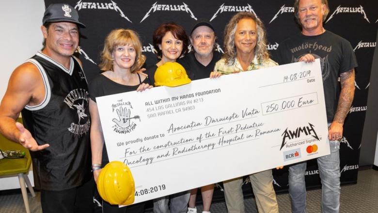 """Metallica a donat 250.000 euro Asociatiei """"Daruieste Viata"""" pentru construirea spitalului de oncologie pediatrica"""
