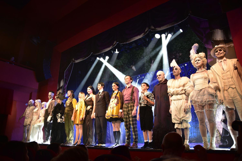 """""""Familia Addams"""" – premiera de exceptie la Teatrul Excelsior"""