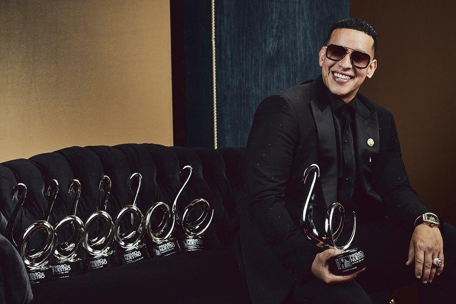 """Daddy Yankee a dominat muzica latino a anului 2019 cu piesa """"Con calma"""" – 7 premii Lo Nuestro la activ"""