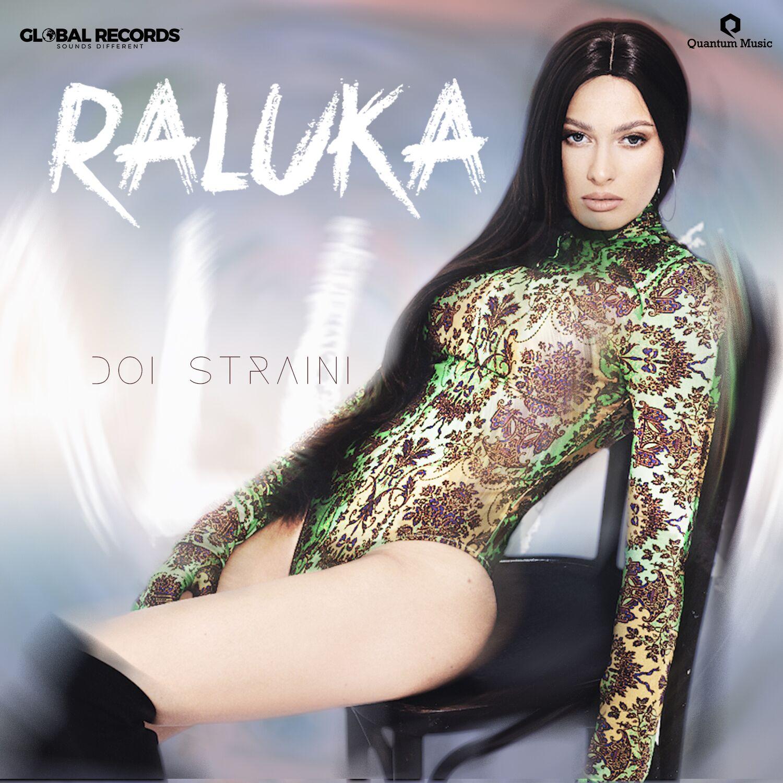 """Raluka a lansat """"Doi Străini"""", o piesă care vorbește despre incertitudinea iubirii"""