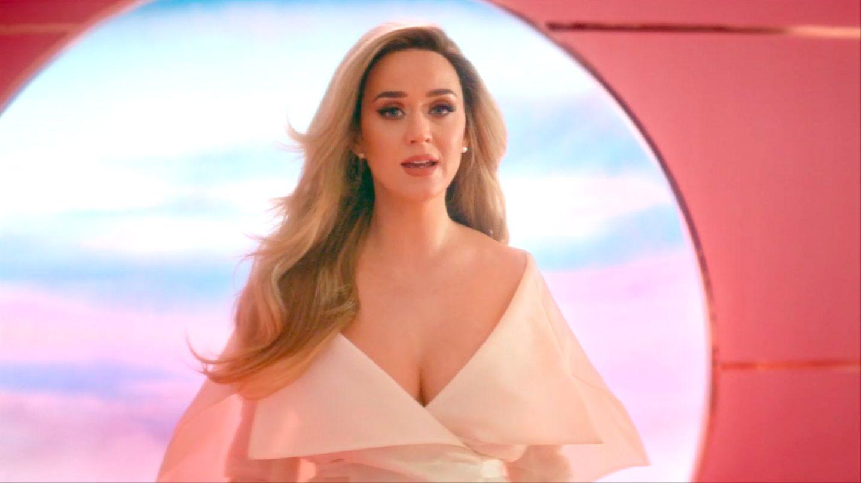 "Katy Perry lanseaza piesa ""Never Worn White"""