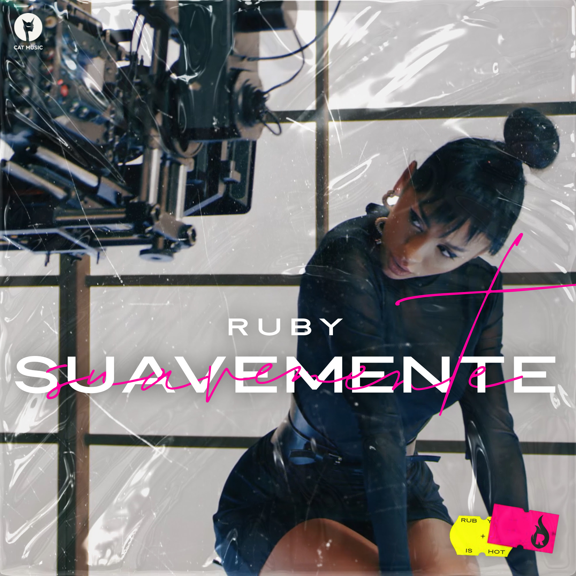 """""""Suavemente"""": RUBY lansează primul single din carieră        cu versuri în spaniolă"""