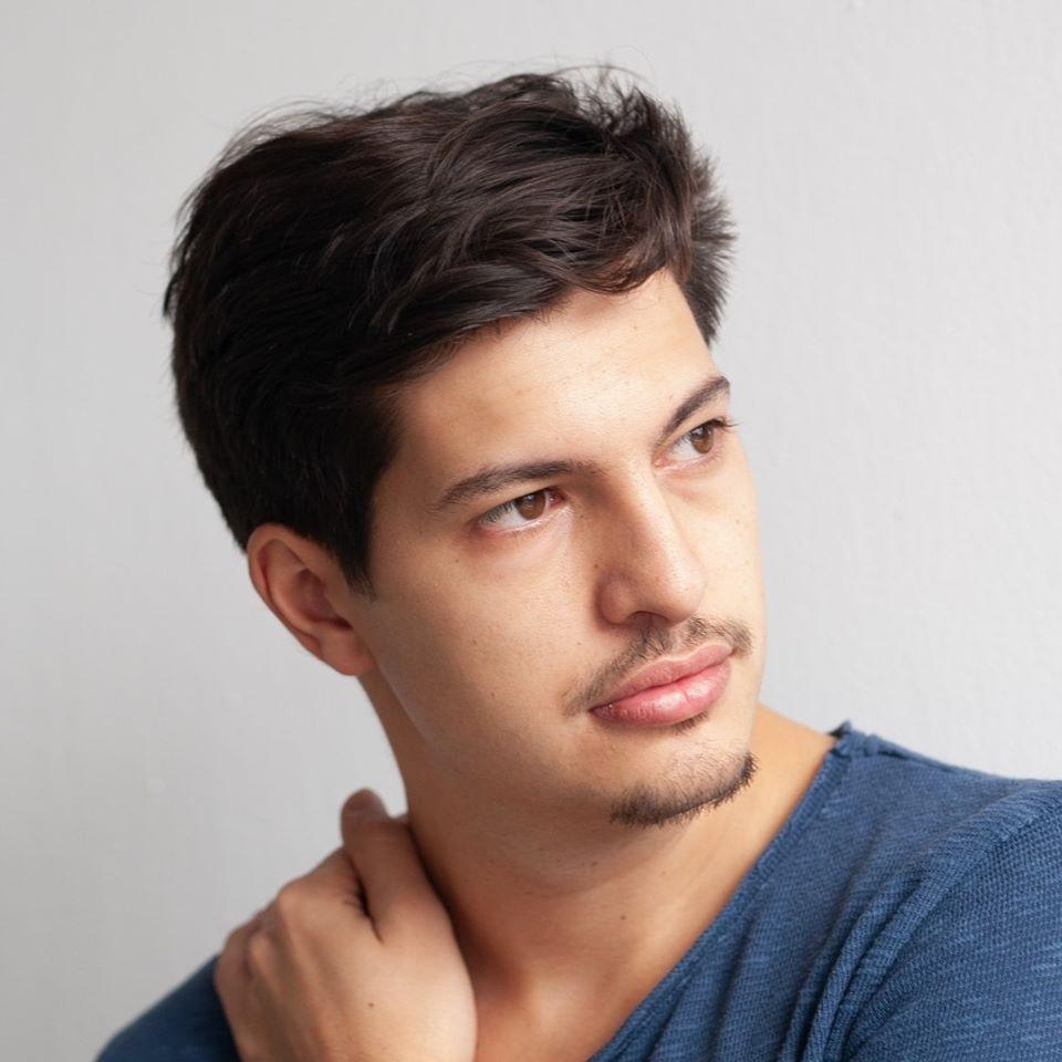 """De vorbă cu…Vlad Bălan : """"Ca actor e important să nu judeci, să fii capabil să vezi 3D, dincolo de păreri personale și principii de viață."""""""
