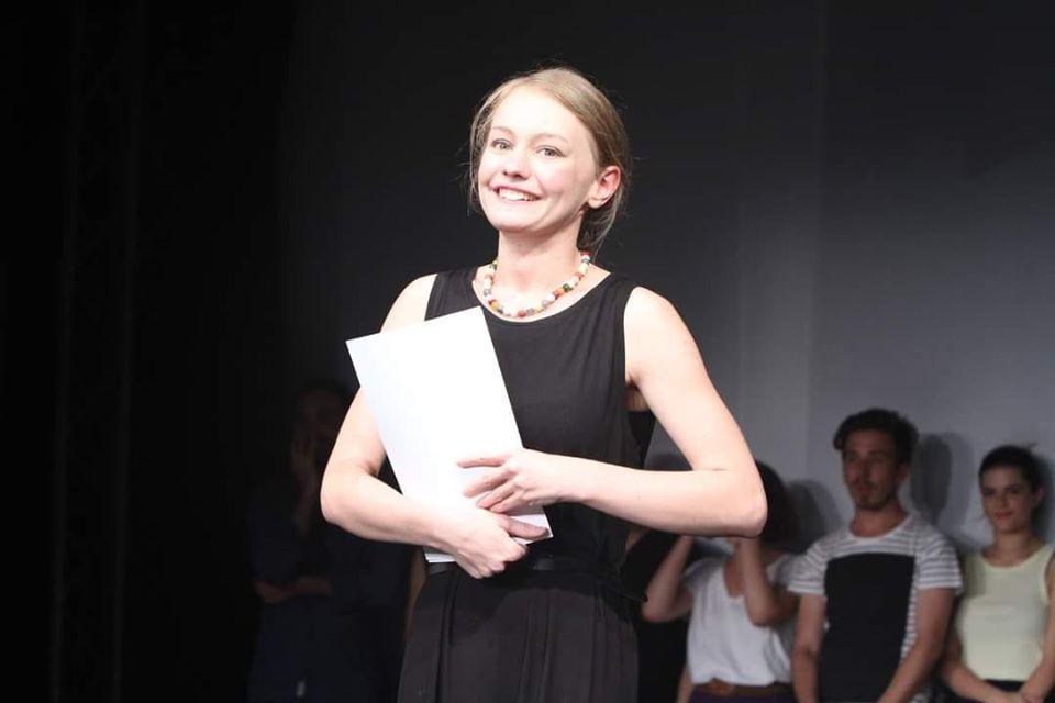 """Blanca Doba aduce la Brăila one woman show-ul """"Eu rămân"""""""
